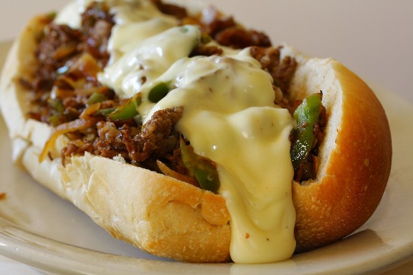 philly-cheesesteak-sandwich-authentic_6438